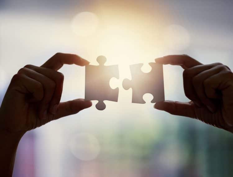 Descubra como criar uma dinâmica de integração de equipe eficiente